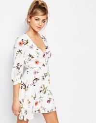 Чайное платье мини с цветочным принтом Oh My Love - Летние цветы