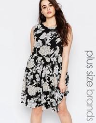 Короткое приталенное платье с цветочным принтом Lovedrobe Plus - Принт