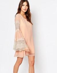 Свободное платье с кружевной вставкой Vila - Розовый/песочный