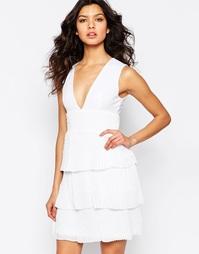 Платье с оборками и отделкой плиссе на юбке Y.A.S Ilsa - Снежно-белый