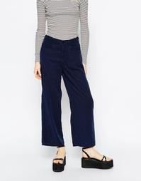 Широкие укороченные джинсы Monki - Синий