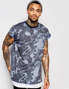 Oversize-футболка с камуфляжным принтом ASOS - Серый