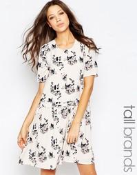 Платье бэби долл с цветочным принтом Y.A.S Tall - Принт Smilla