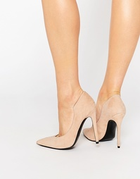 Замшевые туфли-лодочки с острым носом телесного цвета Kendall & Kylie