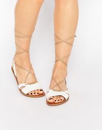 Белые сандалии на шнуровке Call It Spring Caowien Ghillie - Белый