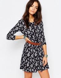 Свободное платье с цветочным принтом Esprit - Темно-синий