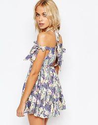 Пляжное платье с тропическим принтом в пастельных тонах ASOS
