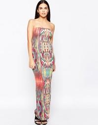 Узкое платье макси с племенным принтом Club L Essentials - Мульти
