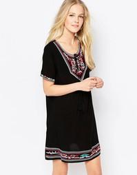 Платье с вышивкой Brave Soul - Черный