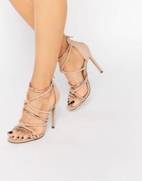 Босоножки на каблуке с узелками спереди Missguided - Роза