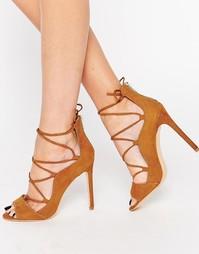Светло-коричневые сандалии на каблуке Glamorous - Рыжий