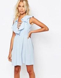 Платье с рюшами и завязкой Fashion Union - Бледно-синий