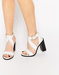 Белые кожаные сандалии на каблуке с заклепками Senso Una - Белый