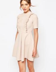 Платье мини с кружевной вставкой и оборкой ASOS - Телесный