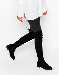 Черные сапоги-ботфорты на плоской подошве с завязкой сзади Public Desi