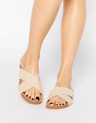 Кожаные сандалии с перекрестом Vero Moda - Телесный