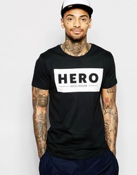 Футболка с большим логотипом Hero's Heroine - Черный