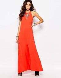 Платье макси с высокой горловиной и открытой спиной Wyldr - Красный