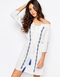 Пляжное платье с широким вырезом и вышивкой Akasa Asaka