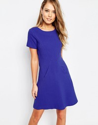 Цельнокройное платье с короткими рукавами и карманами Closet