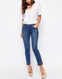 Синие выбеленные джинсы бойфренда с распущенными кромками ASOS Kimmi S