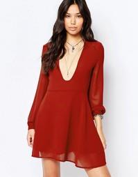 Чайное платье с длинными рукавами Glamorous - Красно-бурый