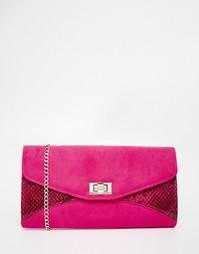 Клатч-конверт с отделкой в стиле змеиной кожи Carvela - Розовый