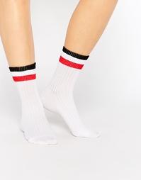 Университетские полосатые носки в рубчик Monki - Белый и красный