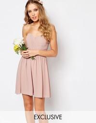 Шифоновое платье‑бандо мини TFNC WEDDING - Бледный розовато-лиловый