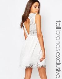 Платье без рукавов с кружевной кромкой Y.A.S Tall - Белый