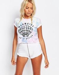 Укороченная футболка бойфренда с принтом Kiss & Tell - Мульти