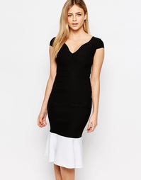 Приталенное платье с оборкой по подолу Vesper