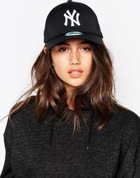 Черная сетчатая кепка с белой вышивкой NY New Era - Черный