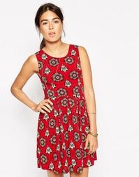 Платье с цветочным принтом в стиле калейдоскопа Iska - Burgundy