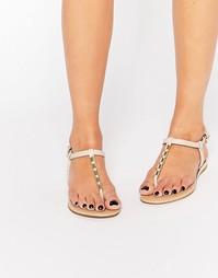 Телесные сандалии с золотистой отделкой ALDO Falera - Телесный
