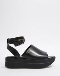 Черные кожаные босоножки на ровной платформе Vagabond Daria - Черный