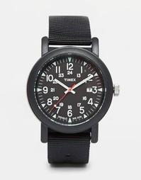 Черные часы Timex Camper T2N364 - Черный