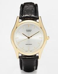Часы c золотистым циферблатом и ремешком под крокодиловую кожу Casio M