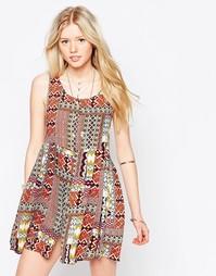 Платье с полосатым принтом в марокканском стиле Kiss The Sky - Принт