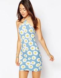 Платье с принтом ромашек Motel Keylse - Wild daisy pastel