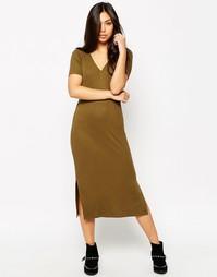 Прямое платье миди в рубчик с V-образным вырезом ASOS - Хаки