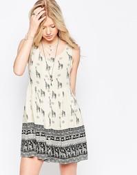 Платье с принтом жирафа Kiss The Sky Sierra Safari - Принт