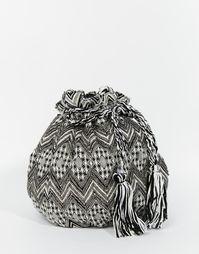 Гобеленовая сумка-мешок с кисточками и отделкой Becksondergaard