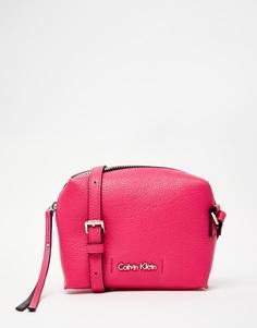 Розовая сумка через плечо Calvin Klein - Розовый