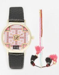 Часы с мозаичным принтом и часы с браслетом-фенечкой Reclaimed Vintage