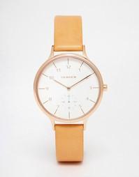 Часы в корпусе цвета розового золота с кожаным ремешком Skagen Anita