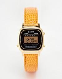 Цифровые часы с оранжевым кожаным ремешком Casio LA670WEGL-4A2EF