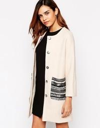 Пальто с карманом Jovonna Assis - Кремовый