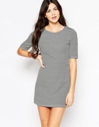 Структурированное платье Wal G