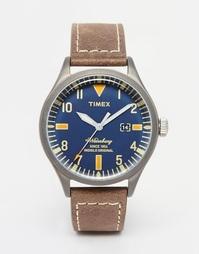 Часы с коричневым кожаным ремешком Timex Waterbury TW2P83800
